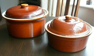 Fabulous pair of Vintage Brown Stoneware Casserole Dishes crocks with lids