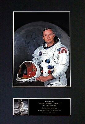 "Neil Armstrong (APOLLO 11)""1st Man On  Moon"" RARE Signature/Photograph ⭐⭐⭐⭐⭐496"