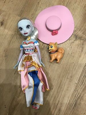Disney Parks Authentic Original Attractionistas Carrie Doll with Dog