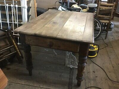 Antique Victorian Scrub Top Pine Table