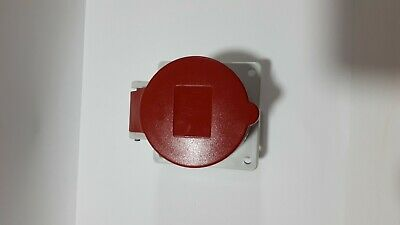 Mennekes IP44 Red Panel Mount 4P+E Industrial Power Socket, Rated At 16A, 230 V