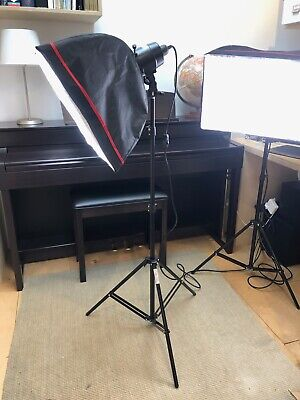 PhotoSEL 2x soft box lights with stands with 85W daylight bulbs for photography