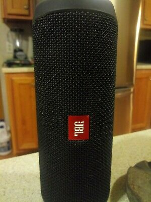 JBL Flip 4 Wireless Portable Bluetooth Speaker System (Black)