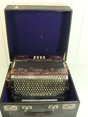 Pretty Accordion Hohner Victoria Mother of Pearl Works with Suitcase 20. Century