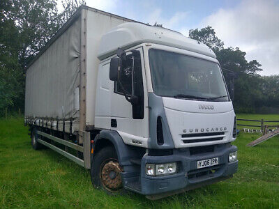 Iveco Eurocargo 18 tonne Curtainsider Tail lift