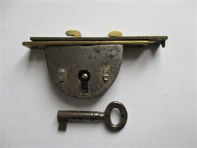 antique box lock for writing slope, with working key, hasp,