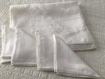 Vintage White Linen Damask Tablecloth w/4 matching napkins