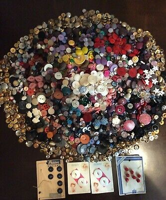 HUGE LOT of SEWING BUTTONS, VINTAGE to MODERN 5+ POUNDS, METAL/MOP/RHINESTONE+++