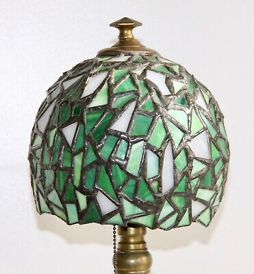 Beautiful Antique Tiffany Style Leaded Glass Table Lamp