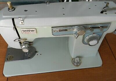 RARE Vintage Brother Charger 651 Teal / Mint Green and Cream Sewing Machine