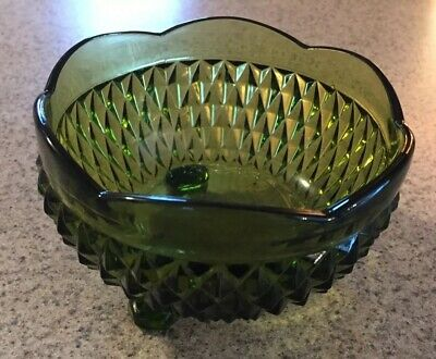 Vintage Indiana Diamond Point Green 3 Footed Scalloped Bonbon Candy Dish Bowl