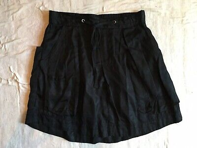 LEE MATHEWS Pure SILK Satin Black Pleated A-line Skirt With Many Pockets! Size 2