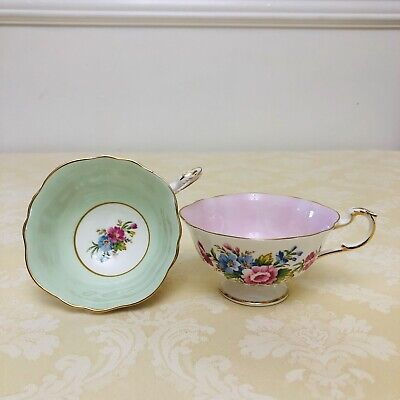 Paragon Mint Green, Pink Scalloped Wide Mouth Teacups Only Orphan (2 Pieces)