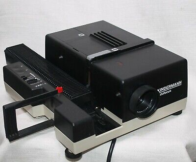 Kindermann 135mm autofoucs Slide Projector in mint condition, tested, all good