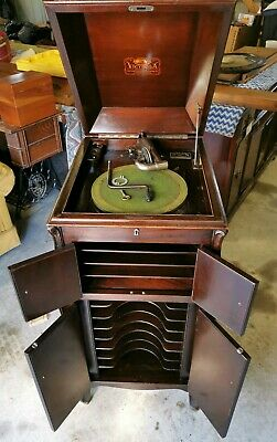 1906 VICTOR TALKING MACHINE VICTROLA VV XI Wind Up Record Player, Phonograph