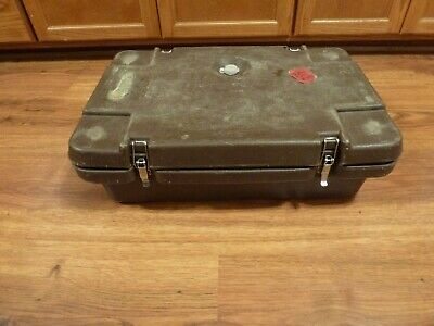 Cambro 140MPC insulated food carrier warm cold food pan service delivery