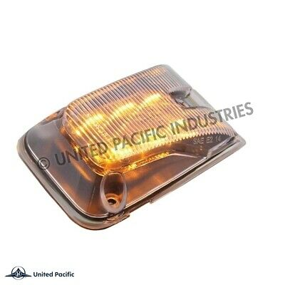 Outlaw Customs Volvo Vnl Vnm Side Marker Light Clear / Amber Led 20895320 36884