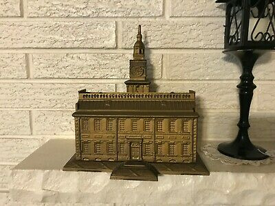 Bicentennial Cast iron still bank model of Independence Hall Philadelphia GAp PA