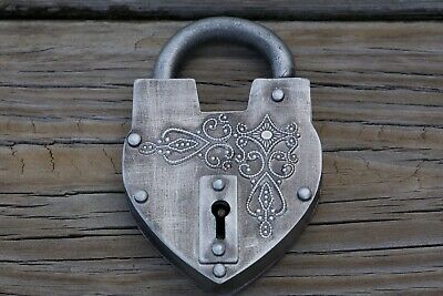Unique Large Antique Reproduction Heart Padlock with Keys Padlocks Reproductions
