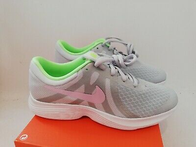 Ladies  / Girls Nike Revolution 4 Trainers Size 4.5 New And Boxed 943306 006