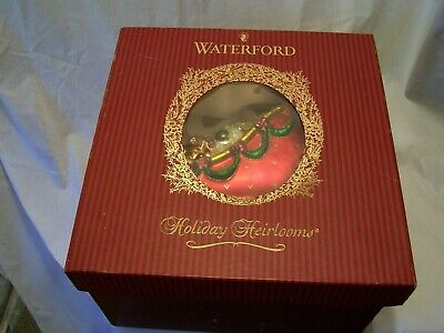 Waterford Holiday Heirlooms Santa in Sleigh Christmas Table Centerpiece
