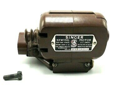 Singer Sewing Machine BAK 4-12 Motor with Bracket Bakelight 3 Prong Plug Simanco