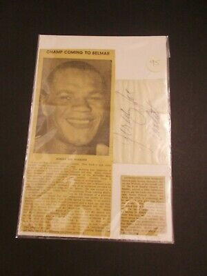 RRDN    Hand Signed Boxing Champ Jersey Joe Walcott Autograph on Cut W/CLIPPING