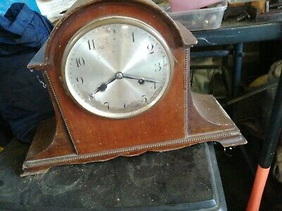 Napoleon hat clock gwo lovely chimes