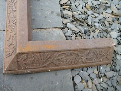 Antique Vintage Large Victorian Cast Iron Fire Hearth Fender Kerb: Floral Detail