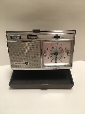 Vintage WESTINGHOUSE TRAVEL CLOCK RADIO, 1960's, MODEL H968PLB Untested