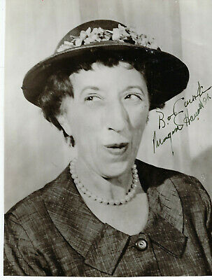 American Character Actress Margaret Hamilton ,Rare Autographed Studio Photo.