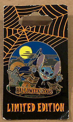 Haunted Parks ~ Halloween 2006 ~ Stitch At The Sorcerer's Hat ~ Disney Pin 49736