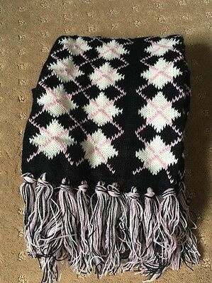 BNWOT Girl's Black/Pink/White Argyle Pattern Scarf