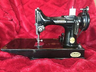 Vintage Singer Featherweight 221 Sewing Machine With Case And Pedal. Work