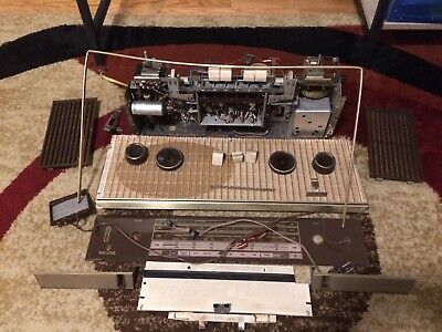 Grundig Majestic 3165 Tube Radio Parts Chassis With No Case & Lots of Parts!