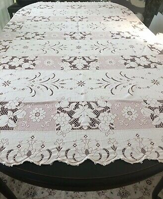 """Vintage Coral Pink Quaker Lace Tablecloth Tags Scalloped Edge Nice 88"""""""