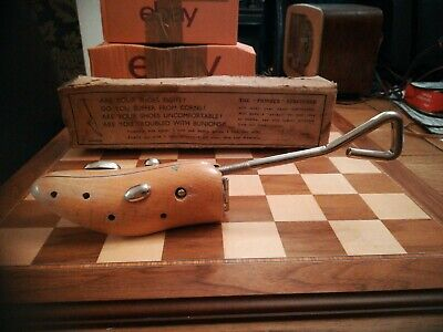 Vintage Stephen Lucking Wooden Shoe Stretcher One Size with Original Box