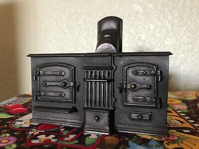 Miniature Dollhouse Black Kitchen Wood Burning Stove
