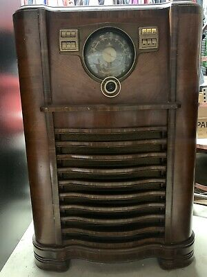 Zenith Antique Radio