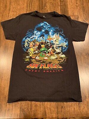Adult Small Six Flags Great America Looney Tunes Halloween Graphic T-shirt