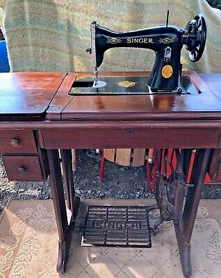 Singer Treadle Sewing Machine 15-96 Raf Royal Air Force Floating Bird Cabinet