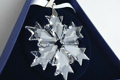 Swarovski 5301575 Annual Edition 2018 Snowflake Clear Crystal Ornament