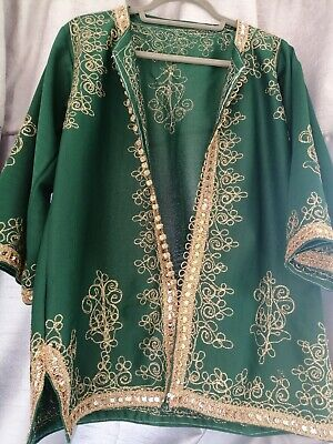 Vintage green oriental blazer with gold embroidery and sequin.
