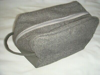 BAYLIS and HARDING Travel Wash Bag - IN EXCELLENT CONDITION