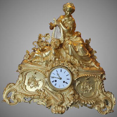 Antique Bronze French Table/Mantle Clock - Free Worldwide Shipping