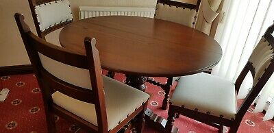 Old Charm Oak Dining table and chairs