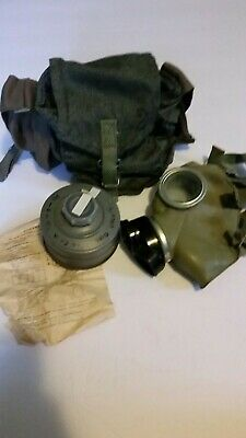 Polish Military Surplus Gas Mask with Bag and Filter and Directions New