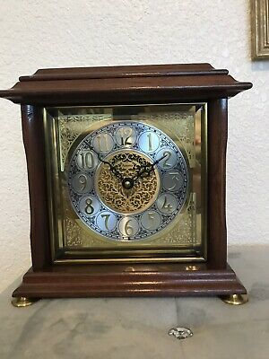 Ansonia Vintage Gold Medallion Quartz Mantle Table Clock With Papers