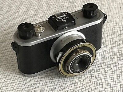 Vintage Kodak 35 Camera With Kidak Anastigmat F5,6 50mm Lens Not Test It
