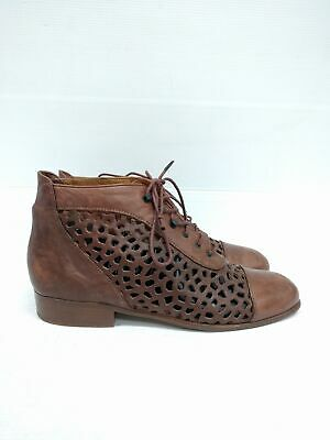 Sz 39 Vintage 80s Ladies Brown EVERYBODY Italy lace up leather ankle boots
